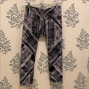 Lulu leggings.
